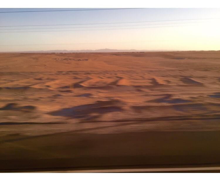 火星の夕焼けは青色。オデッセイで主人公 ...